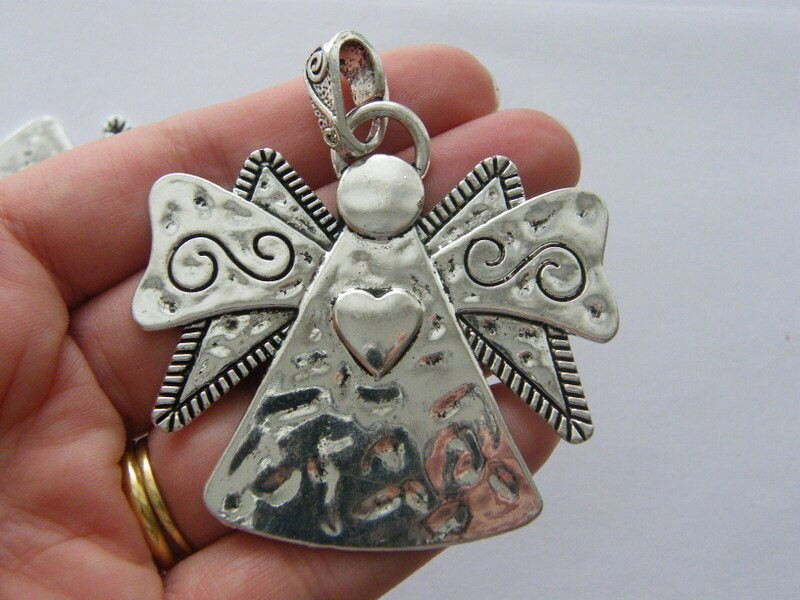 1 Angel charm antique silver tone AW147