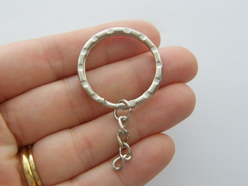 4 Key rings pattern 30mm with 25mm chain silver tone FS379