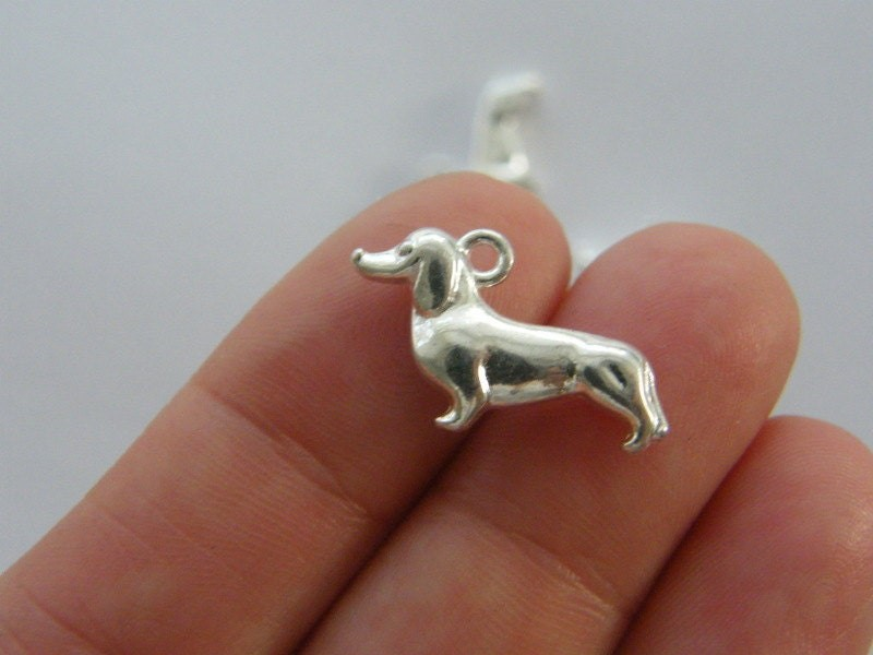 8 Sausage dog charms silver plated D18