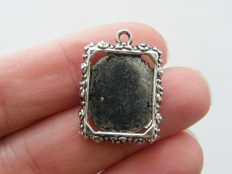 5 Frame pendants 25 x 18mm antique silver tone FS238