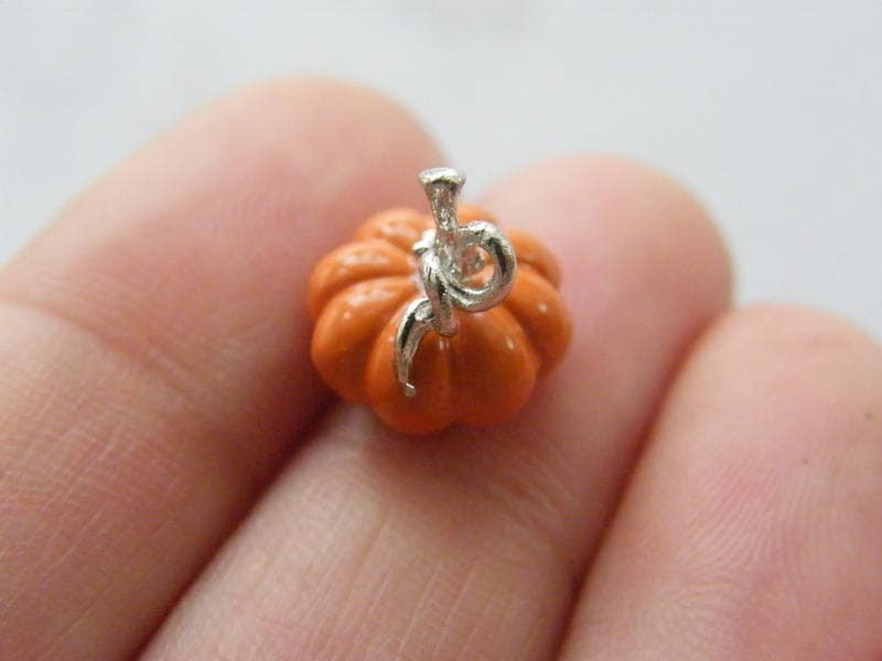 4 Pumpkin charms orange and  silver plated tone FD321