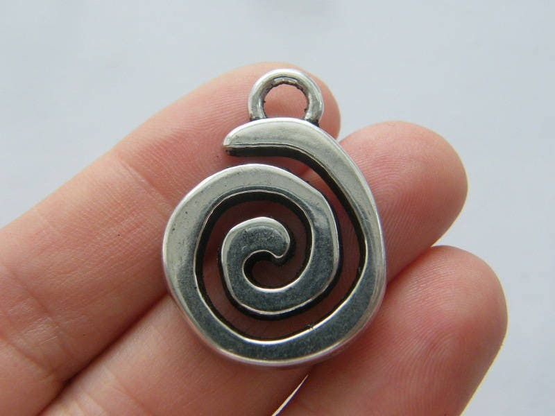 BULK 20 Spiral pattern connector charms antique silver tone FM47