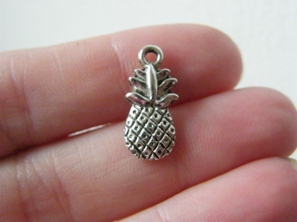 10 Pineapple charms antique silver tone FD215