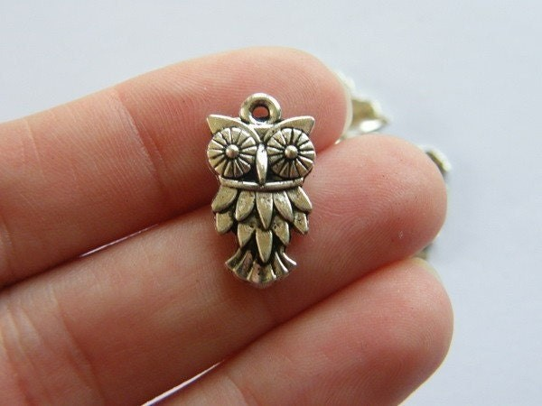 BULK 50 Owl charms antique silver tone O6
