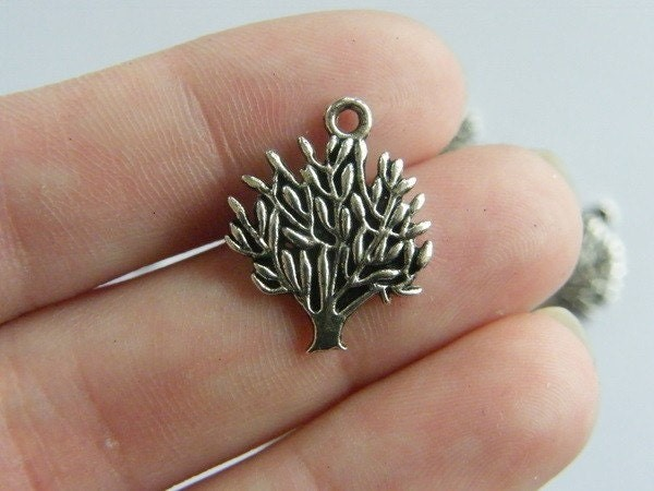 8 Tree charms antique silver tone T5