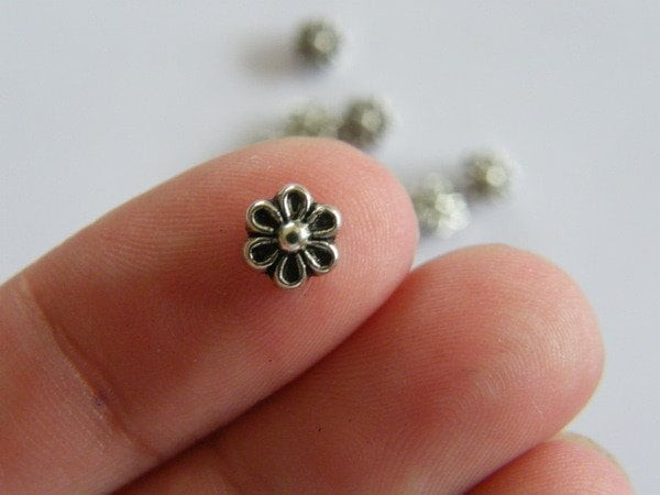 30 Flower spacer beads antique silver tone F22