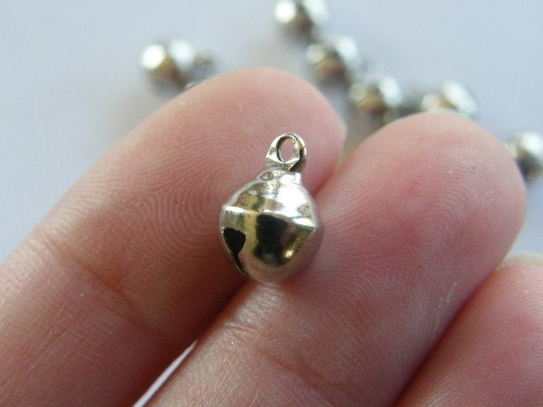 16 Bells 11 x 8mm silver tone FS447