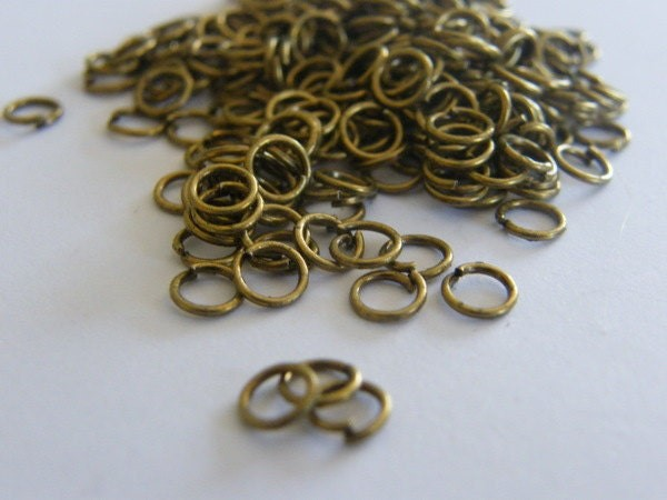 200 Jump rings 5mm antique bronze tone