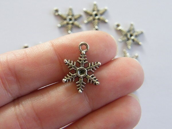 BULK 50 Snowflake charms antique silver tone SF9