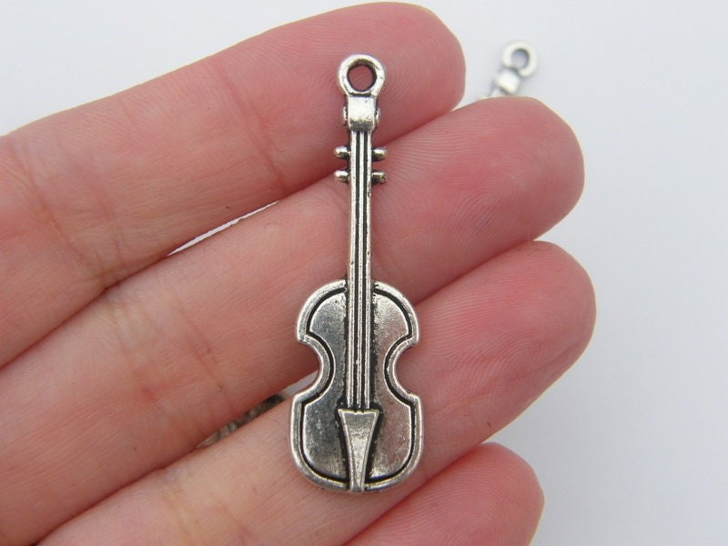6 Violin pendants antique silver tone MN73