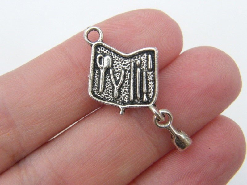 6 Manicure set charms antique silver tone P225