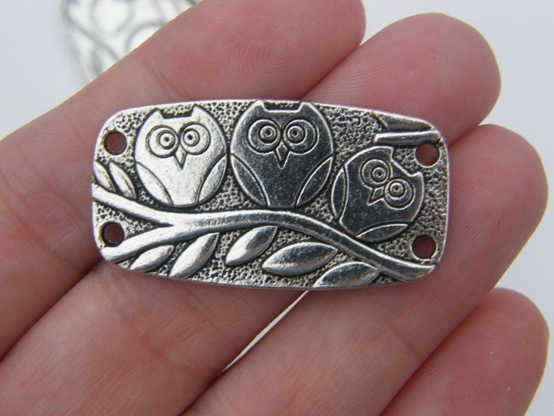 4 Owl connector charms antique silver tone B284