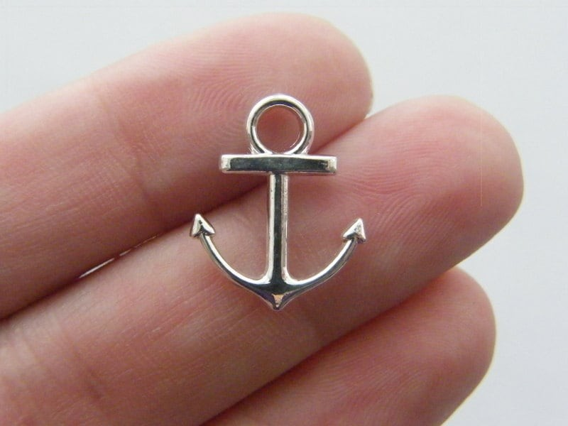 10 Anchor charms silver plated AN24