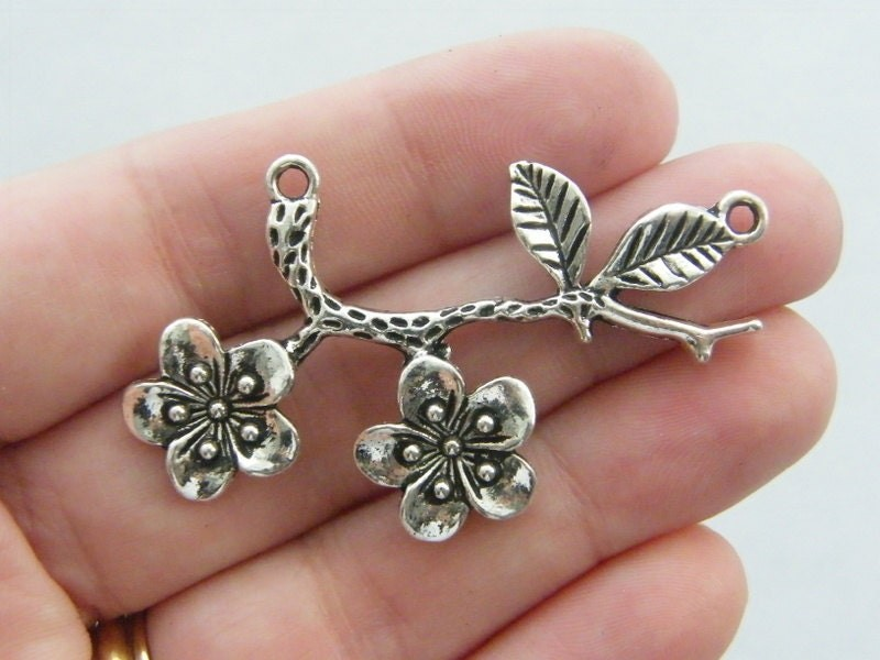 2 Branch with flowers connector charms antique silver tone F89