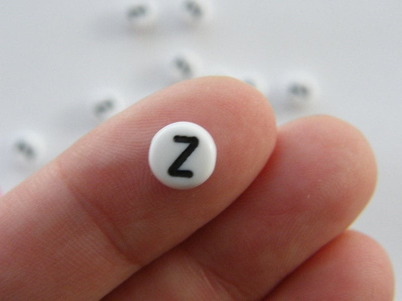 BULK 500 Letter Z acrylic round alphabet beads white and black