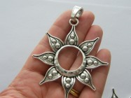 1 Flower charm antique silver tone F44