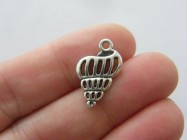 8 Shell charms antique silver tone FF388