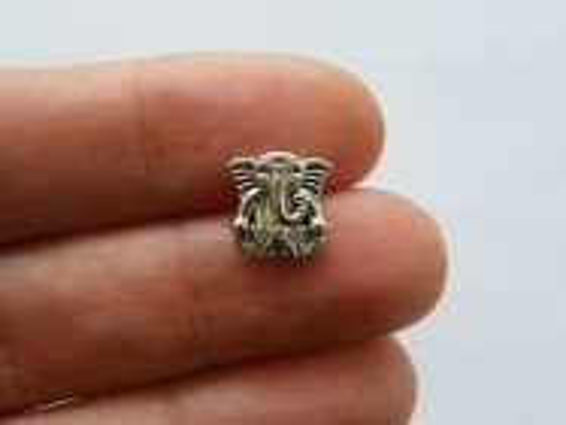 10 Elephant Ganesha bead antique silver tone R177