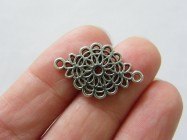 10 Flower connector charms antique silver tone F367