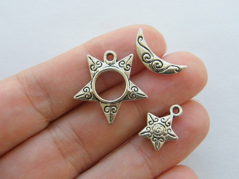 6 Sun moon and star toggle clasps antique silver tone FS92