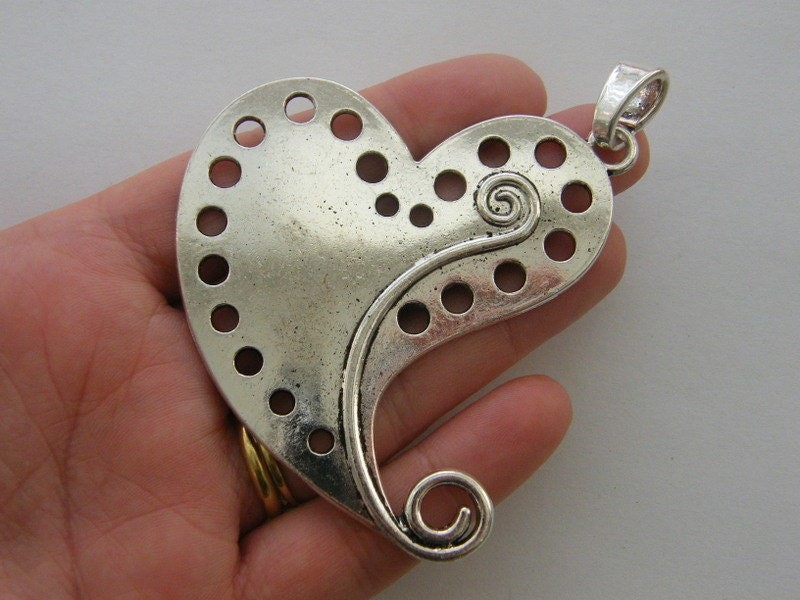 1 Heart pendant antique silver tone BFM10