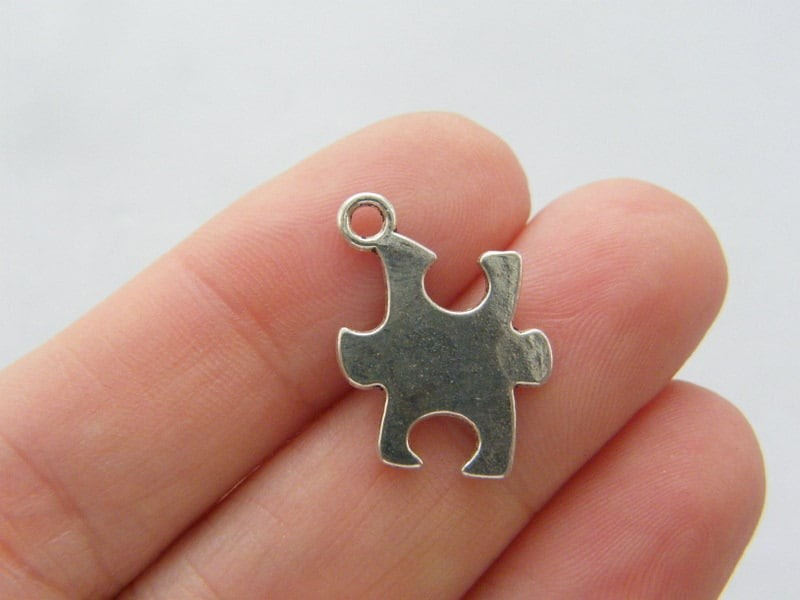 10 Puzzle piece pendants antique silver tone P386