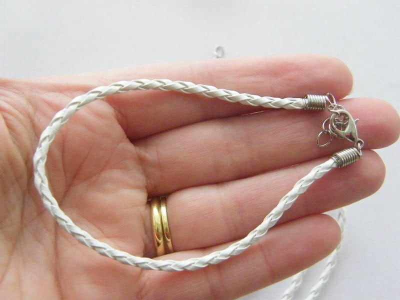 BULK 20 White leather bracelets 24cm x 3mm