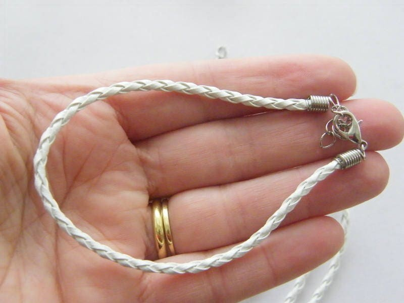 4 White leather bracelets 24cm x 3mm