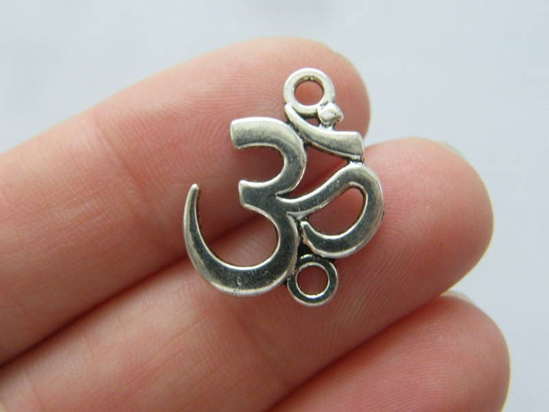 12 OM connector charms antique silver tone I148