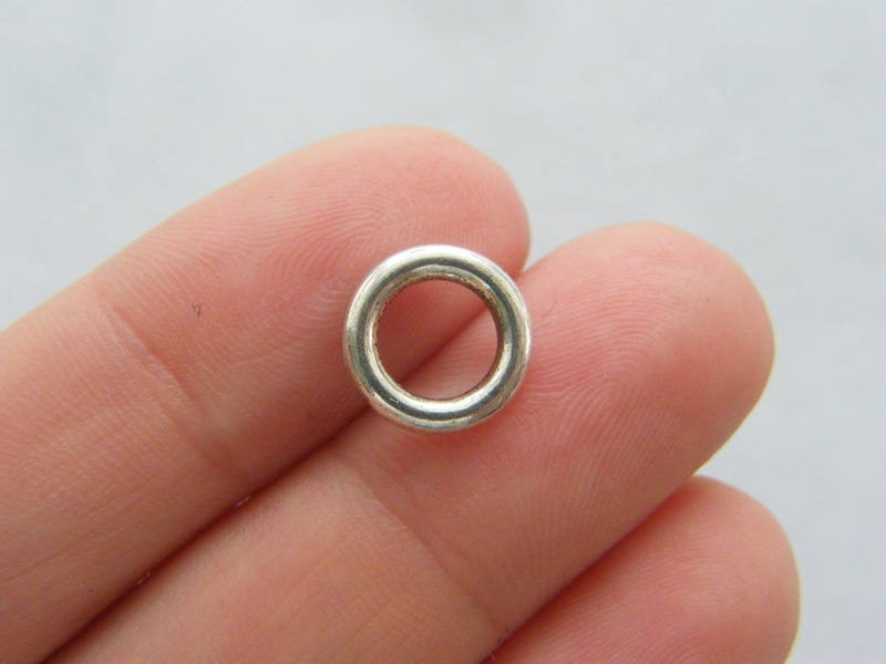 20 Spacer beads closed jump rings  10mm antique silver tone FS250