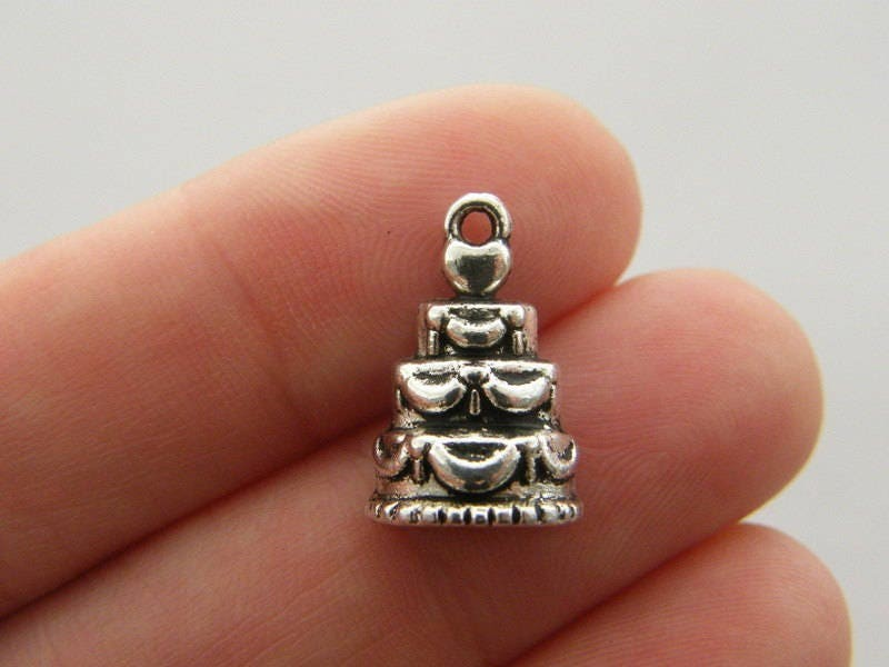 BULK 50 Wedding cake charms charms antique silver tone FD285