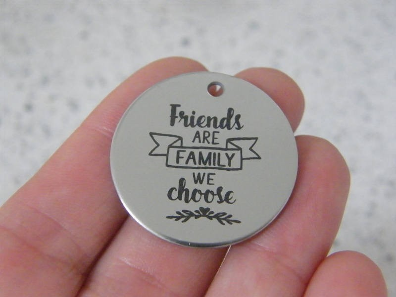1  Friends are family we choose stainless steel pendant JS3-7