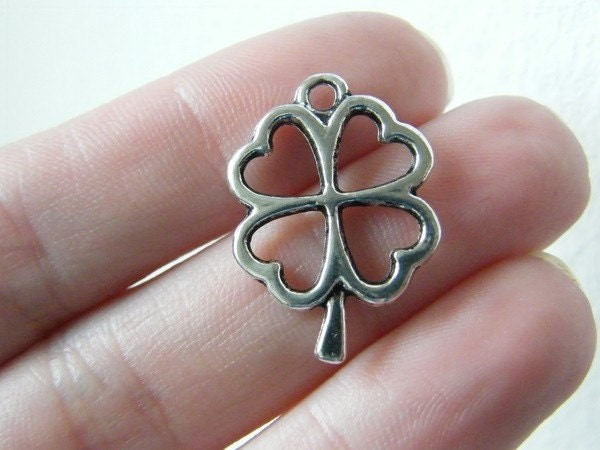 BULK 30 Four leaf clover charms antique silver tone L41