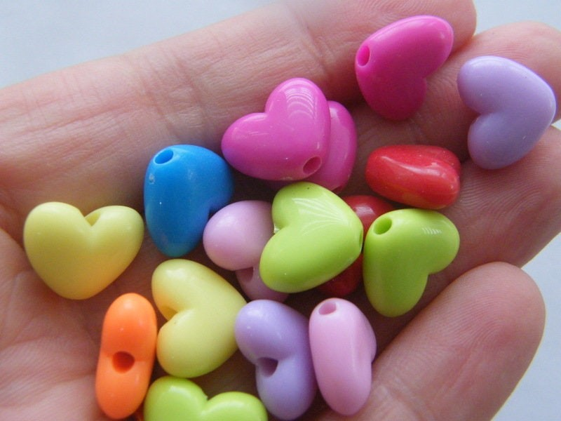 BULK 100 Acrylic  random mixed heart beads AB19