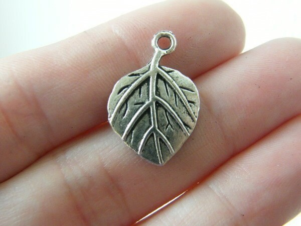 10 Leaf charms antique silver tone L7