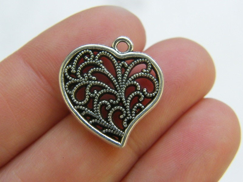6 Heart charms antique silver tone H210