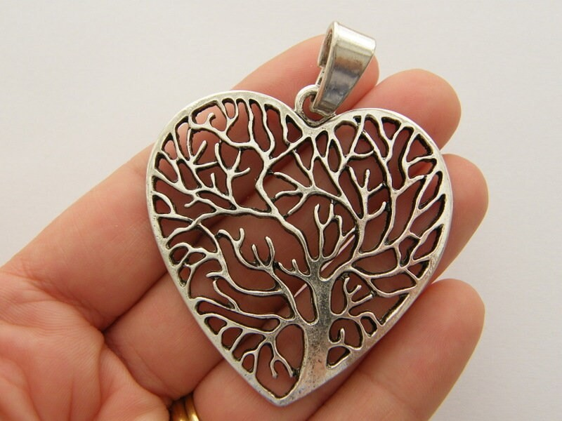 1 Tree heart pendant antique silver tone T125