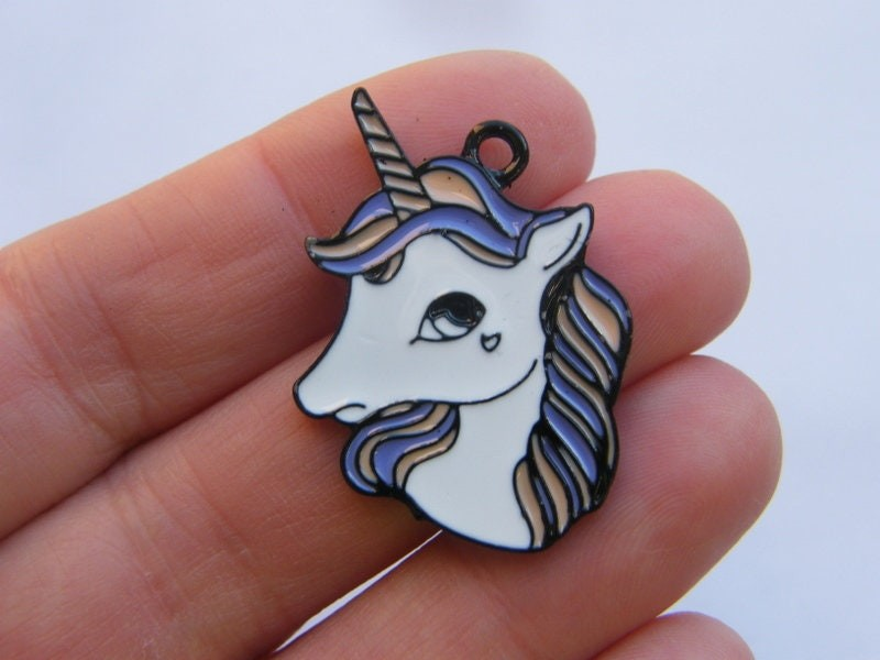 2 Unicorn charms black tone A923