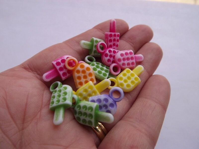 100 Ice cream charms random mixed acrylic FD23