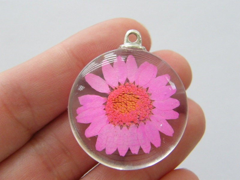 1 Dried flower hot pink glass pendant F255