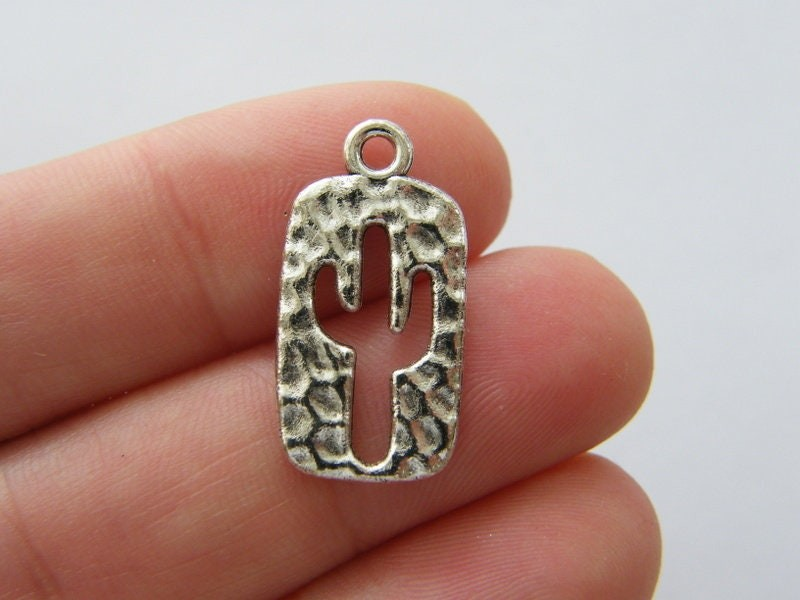 8 Cactus charms silver tone L259