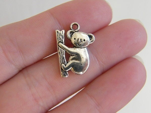 BULK 30 Koala charms antique silver tone A144