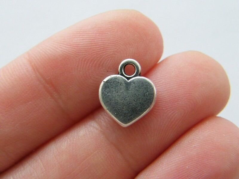 10 Heart charms antique silver tone H222