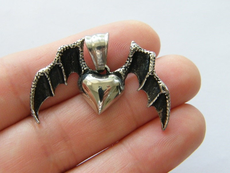 1  Bat wing heart pendant antique silver tone stainless steel HC278