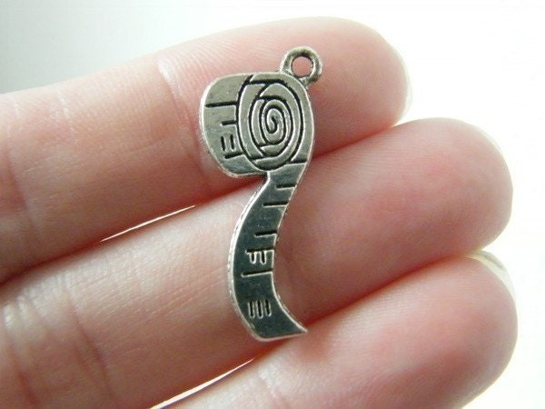 6 Tape measure charms antique silver tone P508