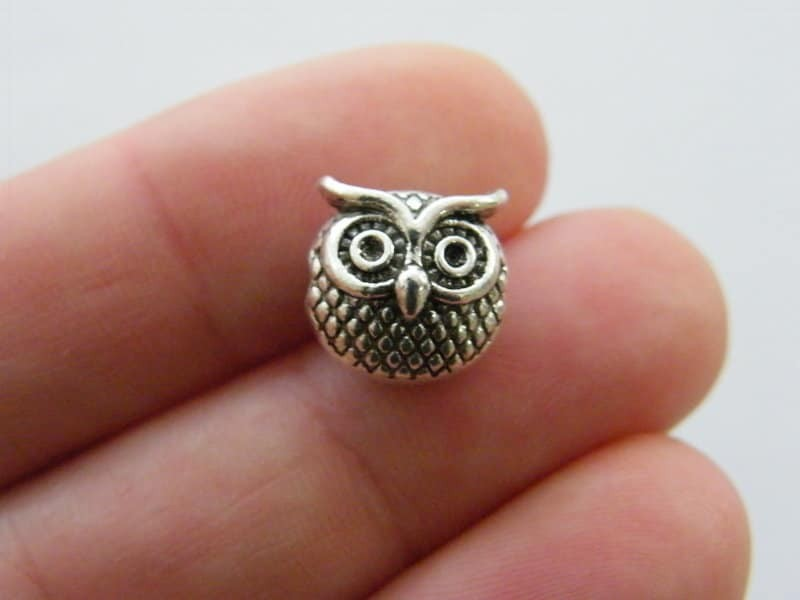 8 Owl  spacer bead charms antique silver tone B337