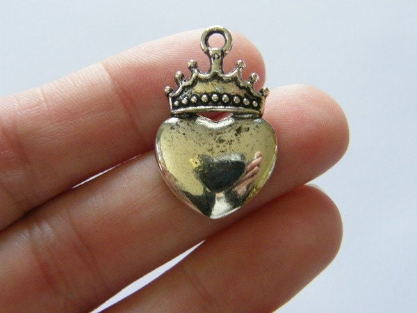 BULK 30 Heart and crown antique silver tone H85