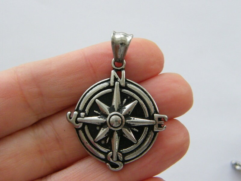 1 Compass pendant antique silver tone stainless steel ff557