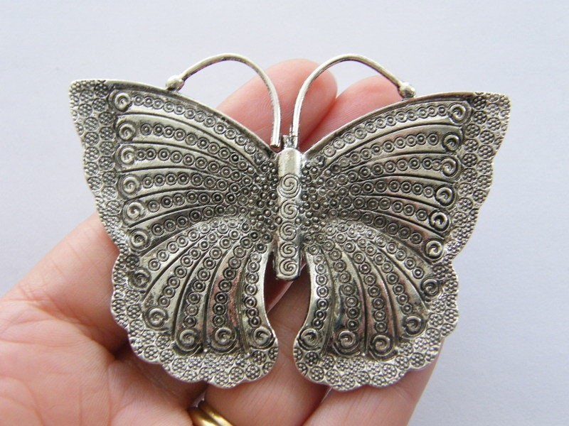 1 Butterfly pendant antique silver tone BFM7
