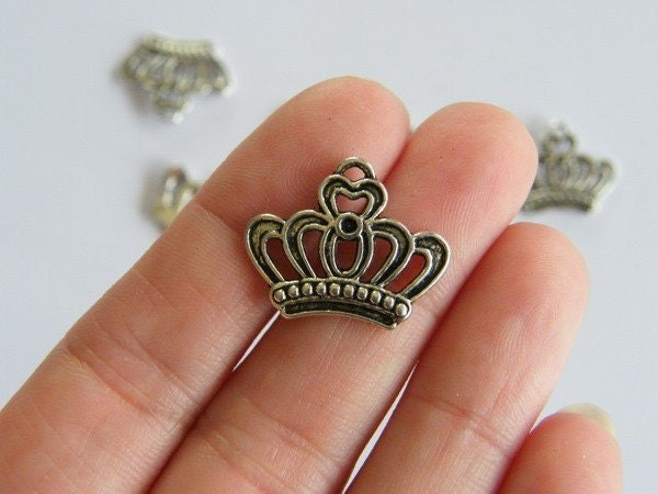 12 Crown charms  antique silver tone CA44